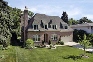 Roofer in Arlington, Virginia | Lyon's Contracting