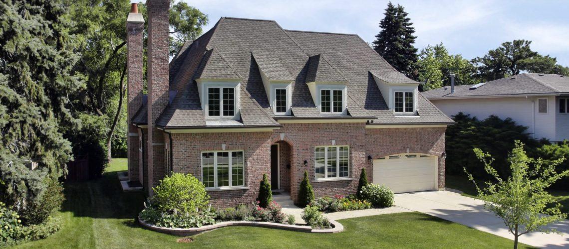 Roofer in Arlington, Virginia   Lyon's Contracting